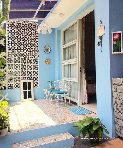 Model Keramik Teras Rumah Minimalis Dengan Warna Cat Teras Biru