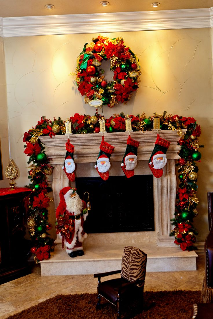 Ideas For Decorating A Small Living Room: 69 Best Christmas Fireplace Mantels Images On Pinterest