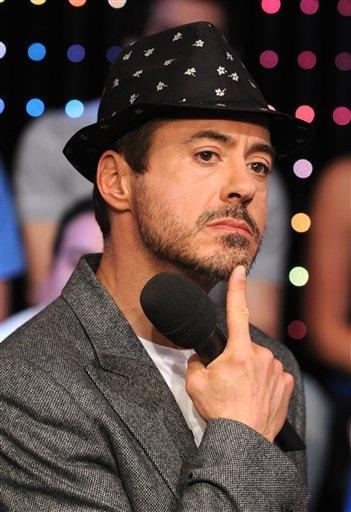 Pin By Ceci Cat On Most Beautiful Man Robert Downey Jr Tony Stark Role Models