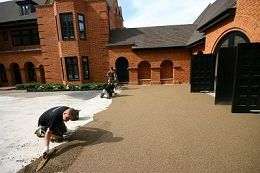 Create designer driveways  How to create resin drives  Resin Bound - How its Done: Resin Bonded Aggregates