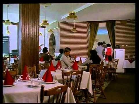 Buletin de bucuresti (1982) cu Mircea Diaconu, Catrinel Dumitrescu. Dupa absolvirea Facultatii de Agronomie, Silvia (Catrinel Dumitrescu) cauta sa obtina un buletin de Bucuresti care i-ar permite sa ramana in Capitala. Ea se casatoreste formal cu soferul de taxi Radu (Mircea Diaconu), care are buletin de Bucuresti si mare nevoie de bani.