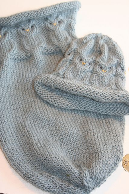 A pinner said: My favorite baby gift to knit, owlie sack and hat. Free pattern on Ravelry.