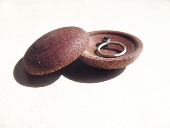 Wood minimal small  ring box by PikoHandcrafted on Etsy