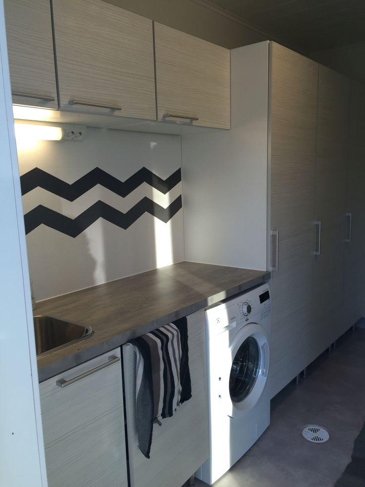 Puustelli grovkök / kodinhoitohuone / utilityroom by Thomas Berglund