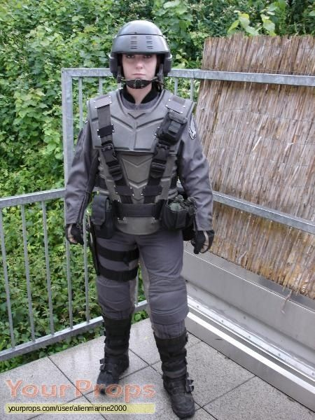 starship troopers costumes | Starship Troopers original movie costume