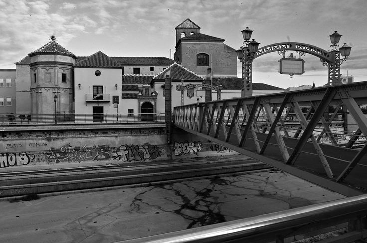 Málaga. Santo Domingo y Puente de los Alemanes