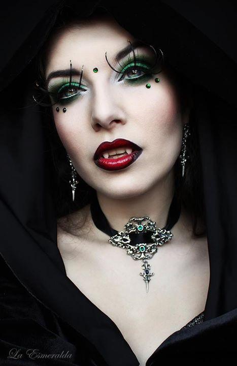 Vampire Heart by la-esmeralda on deviantART: