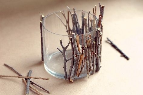 Great idea, makes any simple glass vase look arty and woodsy  Vase by Eldo