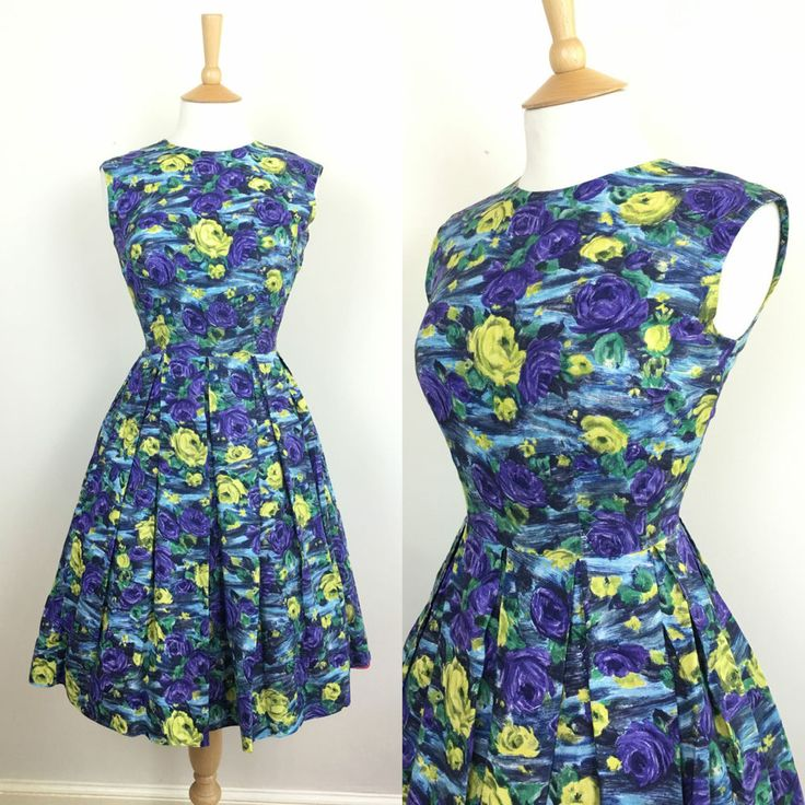 1950's pretty floral swing dress size UK 8