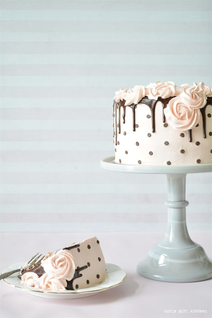 cake ideas chocolate chips Chocolate Chip Cake, Drip Cake, Polkadot Cake, Cake Decorating
