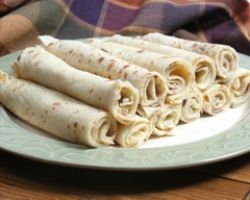 Perfect Norwegian Potato Lefse. Brings back childhood memories- my Mom made these every Christmas.