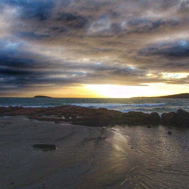 What a great way to end the day - sunset at Coles Bay on Tasmania's east coast. #tasmania #colesbay #discovertasmania