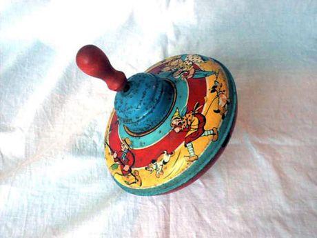 """""""El rincón de los juguetes"""": Juguetes antiguos"""