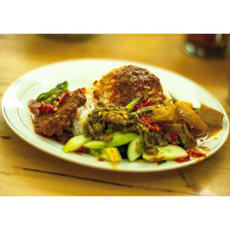 Nasi Rendang Sambal Merah dari RM Padang Piaman Laweh Jalan Pandawa Raya Warung Jambu Bogor