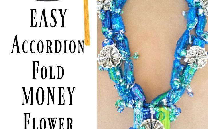 Easy Accordion Fold Money Flower Candy Lei – Graduation Lei