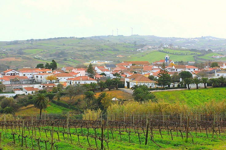 Dec 15, 2012. This is one of the many colorful villages that is possible to see driving from Lisbon to Obidos.