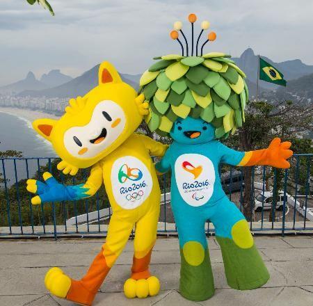 発表されたリオデジャネイロ五輪マスコット(左)とパラリンピックのマスコット(AP=共同) ▼24Nov2014共同通信|猫、猿、鳥ミックスのマスコット リオ五輪、名前は投票で http://www.47news.jp/CN/201411/CN2014112401001193.html