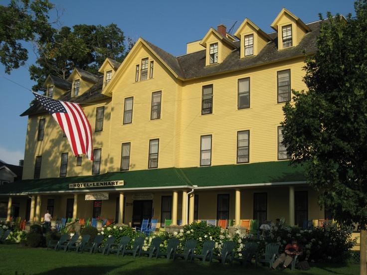 Hotel Lenhart Bemus Point New York