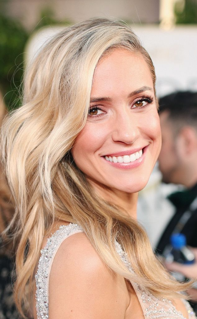 Kristin Cavallari from 2017 Golden Globes' Best Beauty Looks  Worn like a true Cali girl, the star's bright pink palette felt both off-duty and glam.