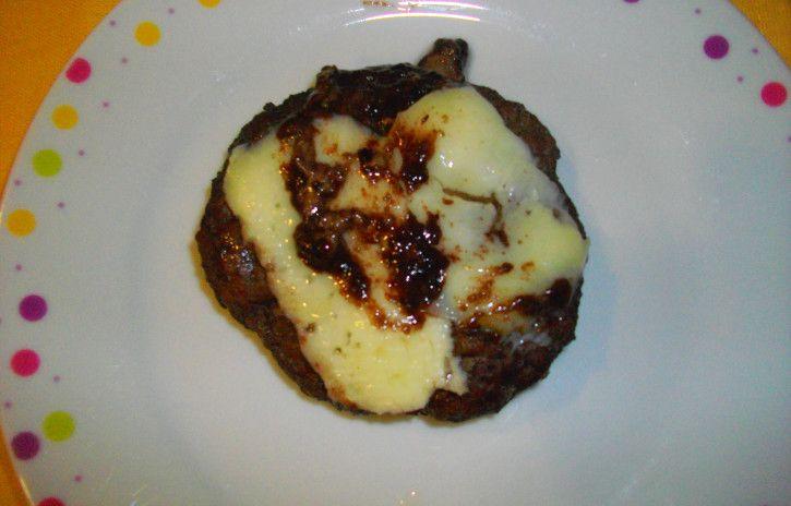 Hamburger all'aceto balsamico - www.cucinandomania.it