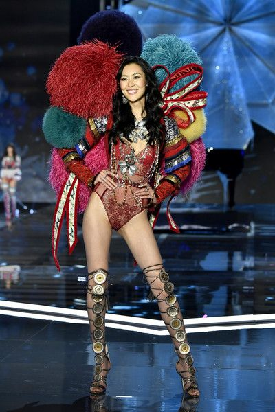 Model Liu Wen walks the runway during the 2017 Victoria's Secret Fashion Show In Shanghai at Mercedes-Benz Arena on November 20, 2017 in Shanghai, China.