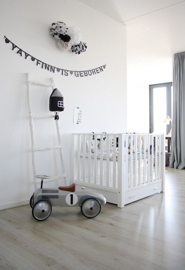 Chambre b b blanche d coration de chambre d 39 enfant noir - Chambre enfant noir et blanc ...