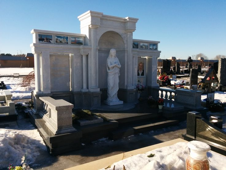 #marmocarrara #carrara #handmade #moscow #russia #ourproject #mausoleum #cemetery #materialilapidei #idea #design #architecture #handmade #campobasso #italy #sculpture    www.difrosciamarmi.it
