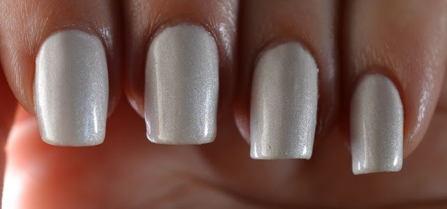 Favorite Frost/Pearl = Orly Au Champagne