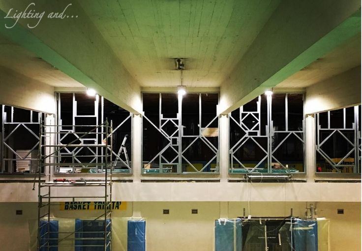 #luce #light #dessiner #design #disegno #colors #colori #conception #lumière #lightingand #milano #italia #italy #color#chiesa #oratorio #lightingand #finestre #rombi #parete #design #wall #windows