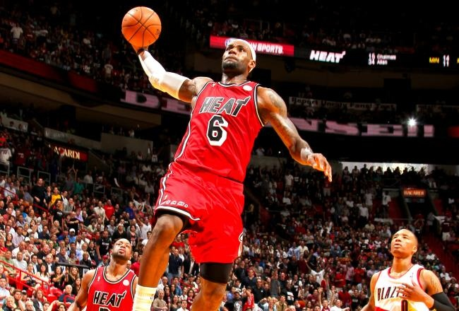 LeBron James scored 30 points on 11of15 shooting in a