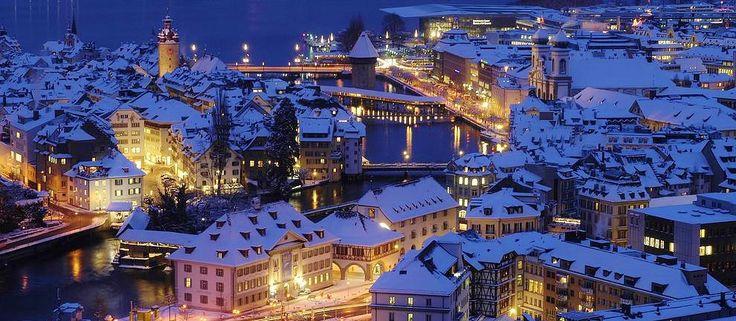 http://insel-travel.de/  ШВЕЙЦАРИЯ – РОЖДЕСТВО и НОВЫЙ ГОД. #Путешествия #из_Германии в декабре.  Мы приглашаем Вас в сказку! Несколько путешествий в разгар праздников и после них с ценами на выбор – базовая цена от 39 евро! Отели 3*-4*.  В маленькой стране, зеркале Европы есть всё: неповторимо прекрасная природа – горы, голубые озёра, водопады и среди них самый большой в Европе – РЕЙНСКИЙ, целебный воздух; уютные красивые города: ЦЮРИХ, БЕРН, ЛЮЦЕРН, ВЕВЕ, МОНТРЁ, ЛОКАРНО, ЛУГАНО…