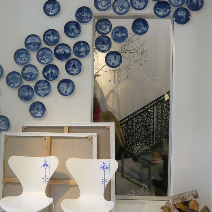 Danish Blue plates - fun way to use the classical blue plates from Royal Copenhagen More