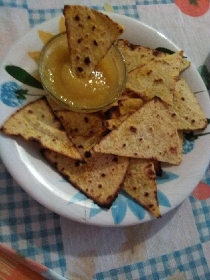Tortilla+chips/nachos+con+salsa+al+mango+home-made