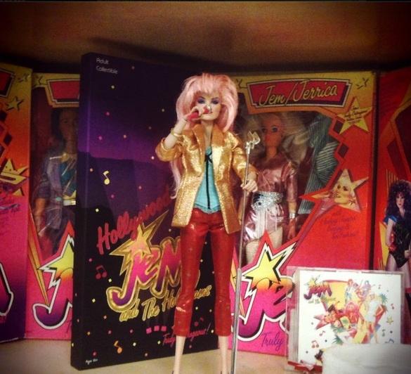 Muñeca de Jem + CD me muero! <3 <3 <3