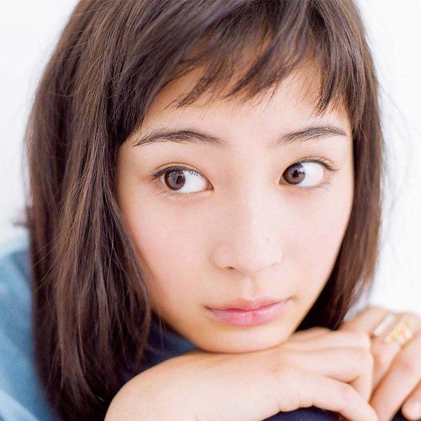 with編集部 @with_magazine  3月18日 [広瀬すず]少女マンガそのままの美少女の周りには、少女マンガそのままの世界があるらしい![ちはやふる]   マンガ原作を映画で実写化する場合、原作ファンの間では「再現率」… http://ift.tt/1PfM8Ye