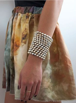 Beaded Bracelet DIY, jewelry DIY  http://tech.beads.us/details-Beaded-Bracelet-2657.html