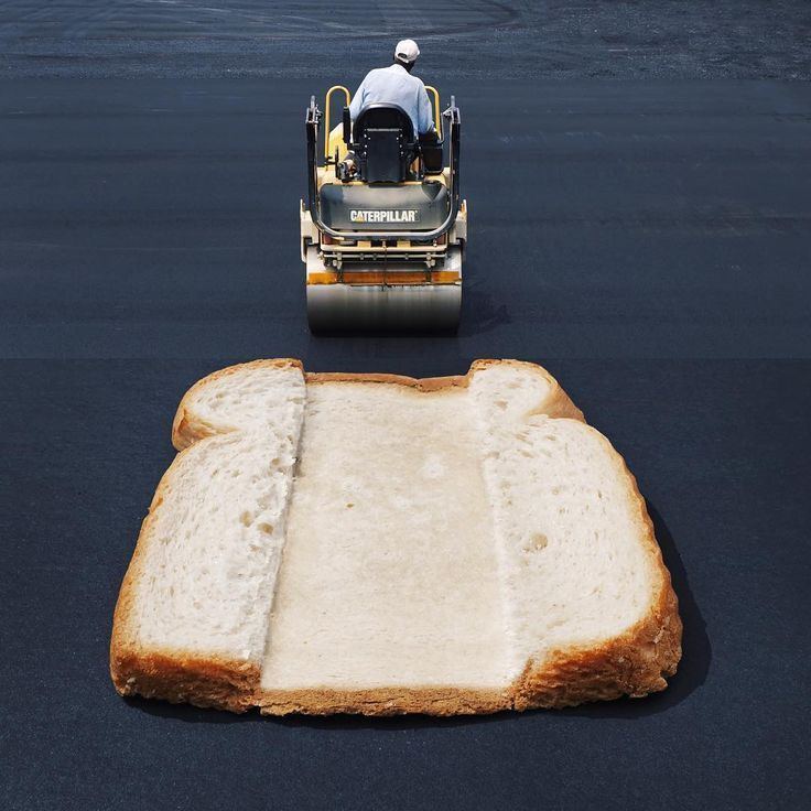 Here are the latest improbable mashups by Stephen McMennamy, who with his ComboPhoto series is having fun combining two pictures.Steam-weller and slice of bread-stoomwals en snee wit brood #combophoto