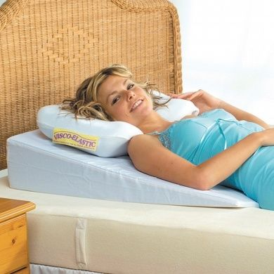 the bed wedge pillows bigger footprint has been especially designed for lying down to help ease