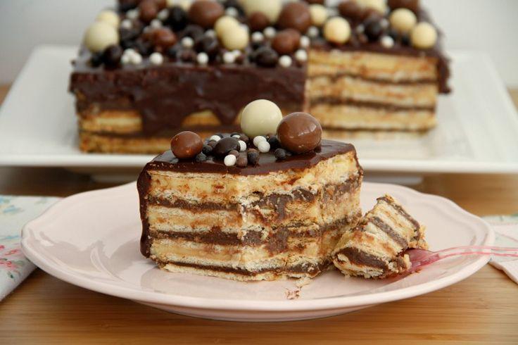 Tarta de galletas y crema, para cumpleaños - MisThermorecetas