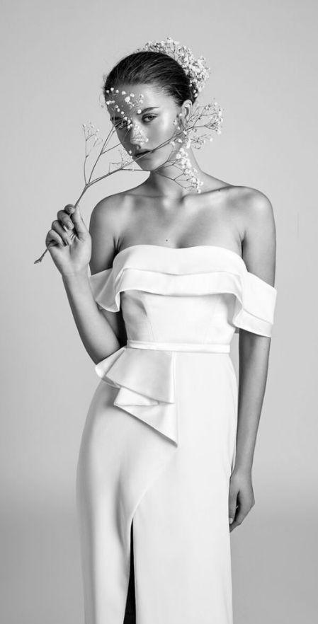 Courtesy ofAlon Livné Wedding Dresses