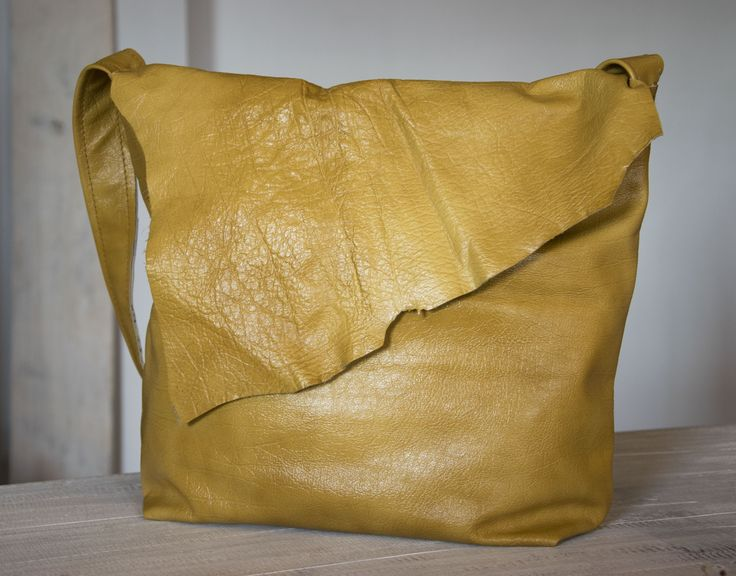 Skrawek Natury - yellow leather bag