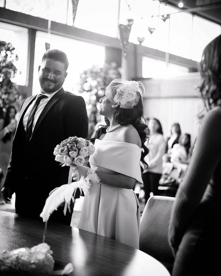 L O V E �� #bride #groom #black #white #civilwedding #wedding #weddingshoot #justmarried #makeup #potd #photooftheday #flashbackphotography #instagood #love #nrw #gelin #damat #dügünfotografcisi #weddingdress http://gelinshop.com/ipost/1518874950957460046/?code=BUUILh2DupO