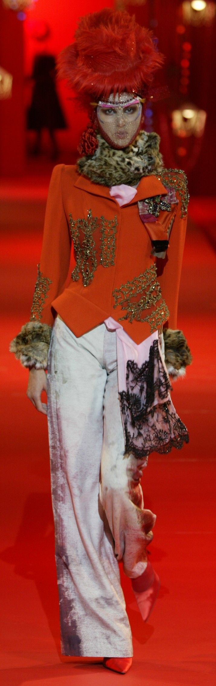 ~Christian Lacroix Haute Couture Autumn Winter 2002 | The House of Beccaria#