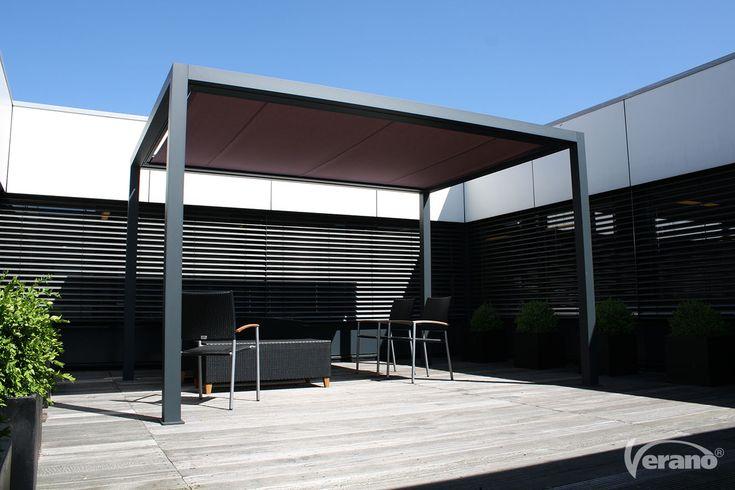 Geniet in alle vrijheid van uw zonwering met een #terrasscherm van Verano®! #Verano #terracescreen