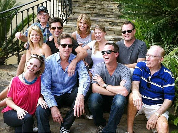 Full House Cast Reunion.... It's been 25 years since this show has aired. To this day, it's still my favorite show. I watched it since I was a little kid. I memorized all of the shows from everything to what they are about to the theme songs. People should make more shows like this. It's a classic. I love you Full House. You have taught me more things about life than anything else will.