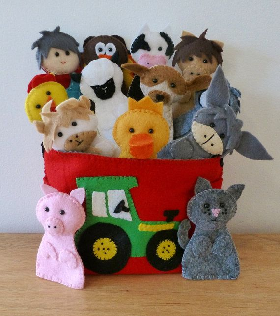FREE SHIPPING - Felt Finger Puppets - Set of 13 plus Tote Bag - Old MacDonald Had a Farm