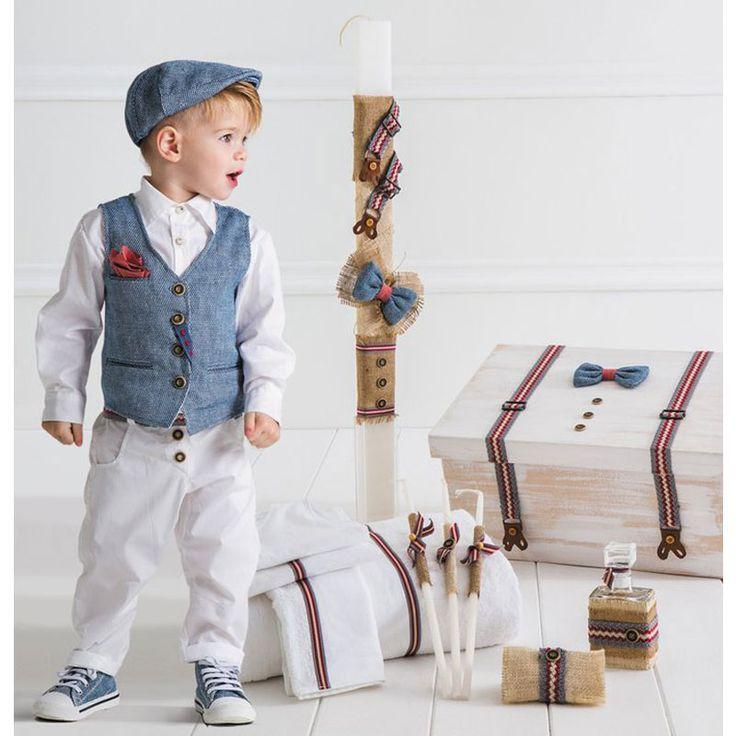 Το Tonello Πλήρες Πακέτο Βάπτισης της Cat in the Hat είναι ένα ολοκληρωμένο πακέτο 19 τεμαχίων το οποίο περιλαμβάνει : Το Βαπτιστικό Κουστούμι 6 τεμαχίων ( παντελόνι, πουκάμισο, γιλέκο, μαντηλάκι, τραγιάσκα και ζώνη), το ξύλινο χειροποίητο κουτί, την λαμπάδα της βάπτισης, το λαδόπανο (6 τεμάχιων) και το λαδοσέτ (μπουκάλι για το λάδι, 3 κεράκια και το σαπούνι). Το Tonello είναι μία treddy πρόταση σε italian style από βαμβακερή τοπλίνα, συνδυασμένο με λινό και βαμβάκι.