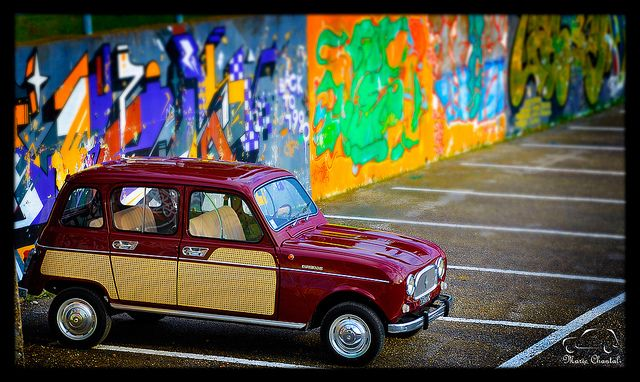 Renault 4 Parisienne 1967 - Gorgeous colour!