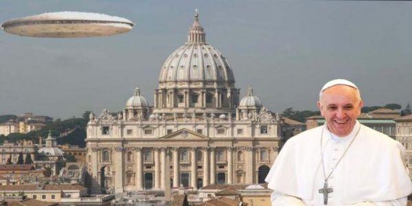 Το Βατικανό θα προβεί σε αποκαλύψεις για ΑΤΙΑ και εξωγήινους | Βίντεο
