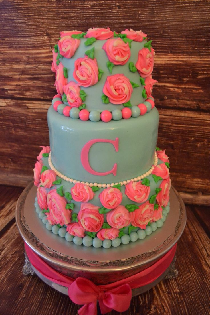 Edible Cake Decorations For 18th Birthday : Pin by Madison Cooper on Cakes :3 Pinterest Cakes ...